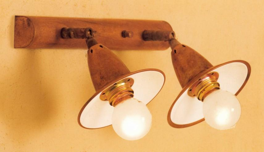 EYA REGLETTE BRASS Rustic wall lights